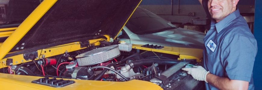 Anlita bilverkstad för underhåll och reparationer av bilen